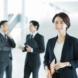 女性リーダーを育てる